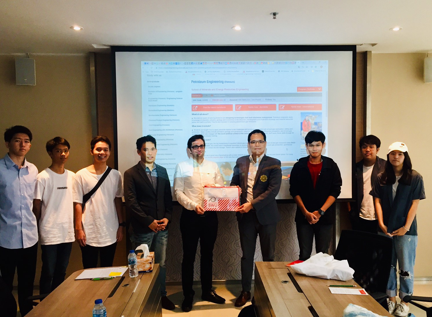 Meeting between International Engineering SWU and DMU 25 June 2019