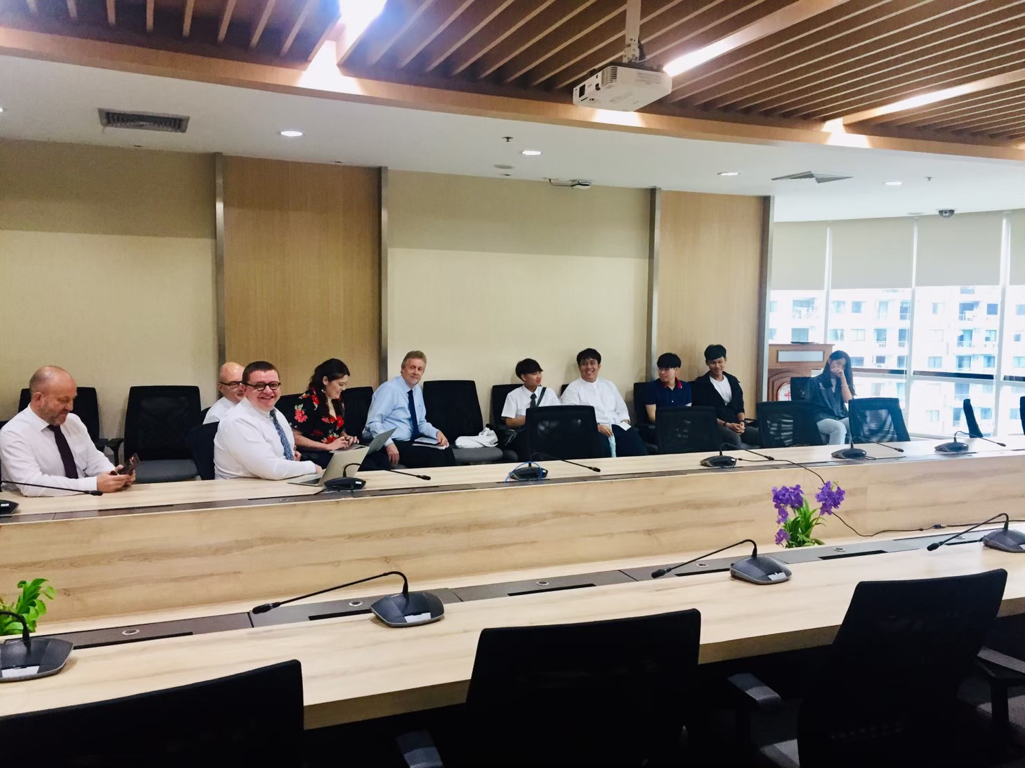 Meeting between International Engineering SWU and DMU 11 June 2019